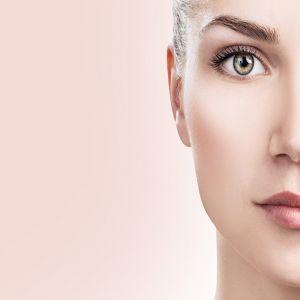 6 خلطات تبيض الوجه