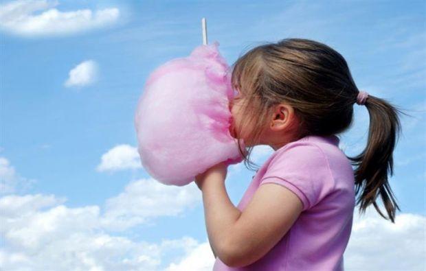انتبهوا حلوى غزل البنات؟..هذه هي نتائجها على صحتكي