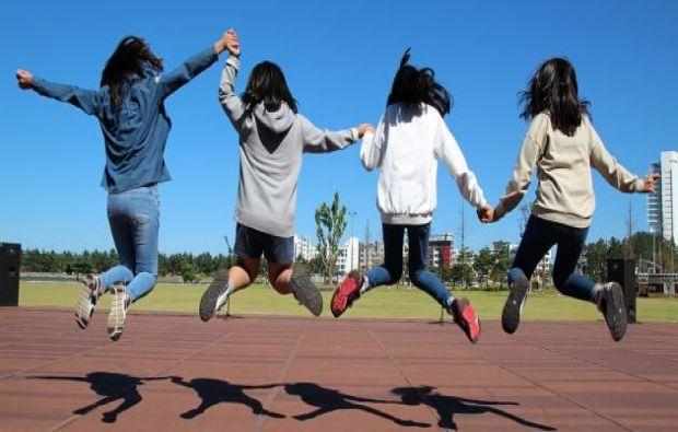 سن المراهقة عند الفتيات